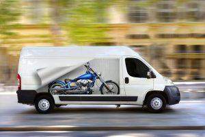 transporte de motos con transportista